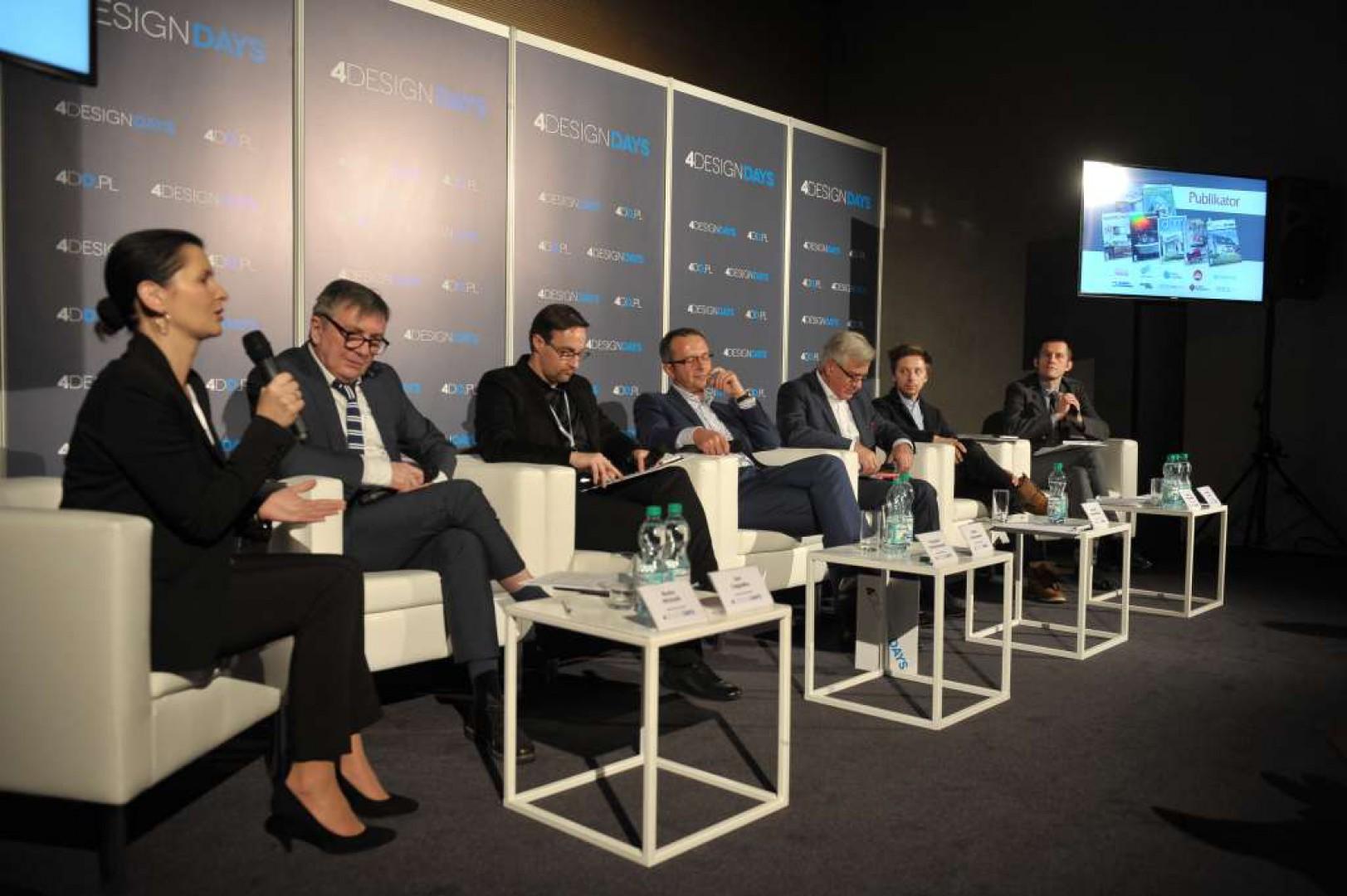Panel dyskusyjny Rola projektu w polskim meblarstwie. Fot. PTWP