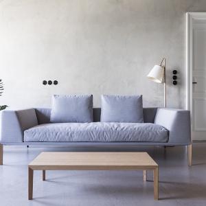 Sosa -  sofa zaprojektowana przez Piotra Kuchcińskiego dla firmy Noti. Fot. Noti