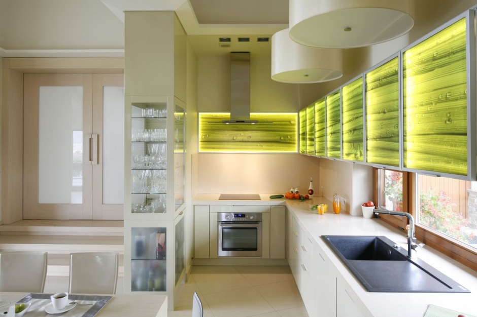 Urzadzamy Gorna Zabudowa W Kuchni Rozne Pomysly Na Szafki Meble