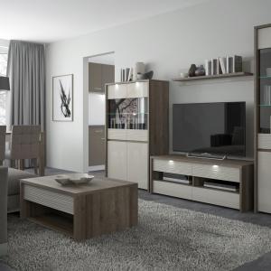 W skład kolekcji Aspen wchodzą: eleganckie witryny, komody i szafy, dzięki czemu kolekcja idealnie nadaje się do urządzenia  pokoju dziennego jak i  jadalni. Fot. Meble Wójcik