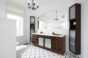 Piękna łazienka. 20 inspiracji na ciekawą aranżację