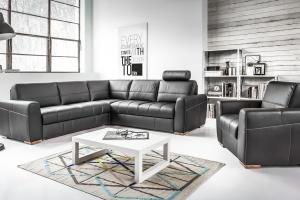 5 ciekawych inspiracji na czarną sofę
