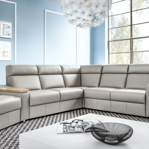 Sofa modułowa Line. Wysokie oparcie zapewnia komfort wypoczynku. Fot. Etap Sofa