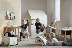 Meble dla dzieci. Nowość z naturalnego drewna