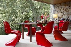 Zobacz najsłynniejsze projekty legendy designu - Wernera Pantona!