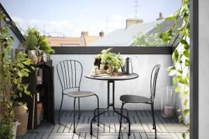 5 pomysłów na meble balkonowe