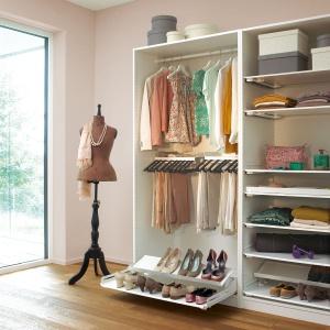 System do garderoby Extendo. Fot. Peka