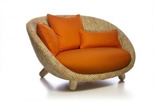 """""""Love sofa"""" - zachwyca kształtem"""