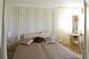 5 pomysłów na łóżko z efektownym zagłówkiem