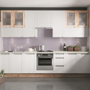 Aneks kuchenny jest idealnym rozwiązaniem, jeśli dysponujemy niewielką przestrzenią. Fot. KAM