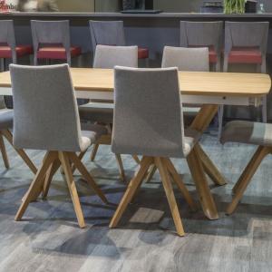 System stołów T53 firmy Klose. Fot. Klose