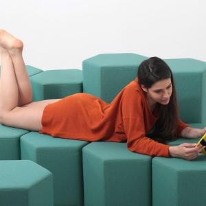 Sofa Lift-Bit (Carlo Ratti Associati). Fot. Carlo Ratti Associati/Max.Tomasinelli.com