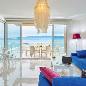 Styl Hampton cieszy się ogromną popularnością. Ten luksusowy klimat można z łatwością wprowadzić do własnego domu. Fot. Westwing