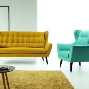 Zestaw mała sofa plus fotel uszak. Fot. Etap Sofa
