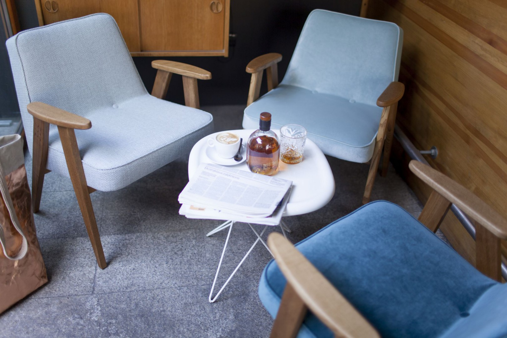 Fotele 366 Concept w kolorach Velvet Mint, Ocean oraz Tweed Mentos. Fot. 366 Concept Team