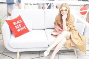 Black Red White promuje się na pokazie mody