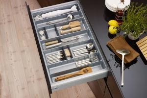 Systemy organizacji szuflad - co proponują producenci?