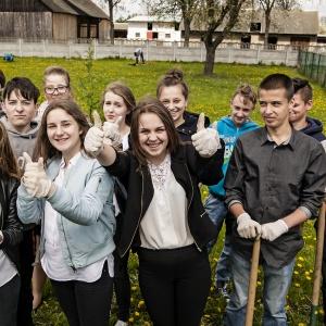 IKEA oferuje również fundusze stypendialne dla młodzieży