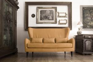 Meble w salonie. Jak dbać o sofę i fotele