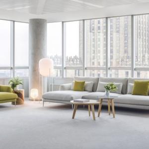 Sofa Classic odwołuje się do pojęcia aranżacyjnej klasyki poprzez dostojne, szlachetne kształty i ponadczasową, lekką sylwetkę. Fot. Comforty