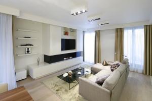 10 ciekawych pomysłów na telewizor w salonie