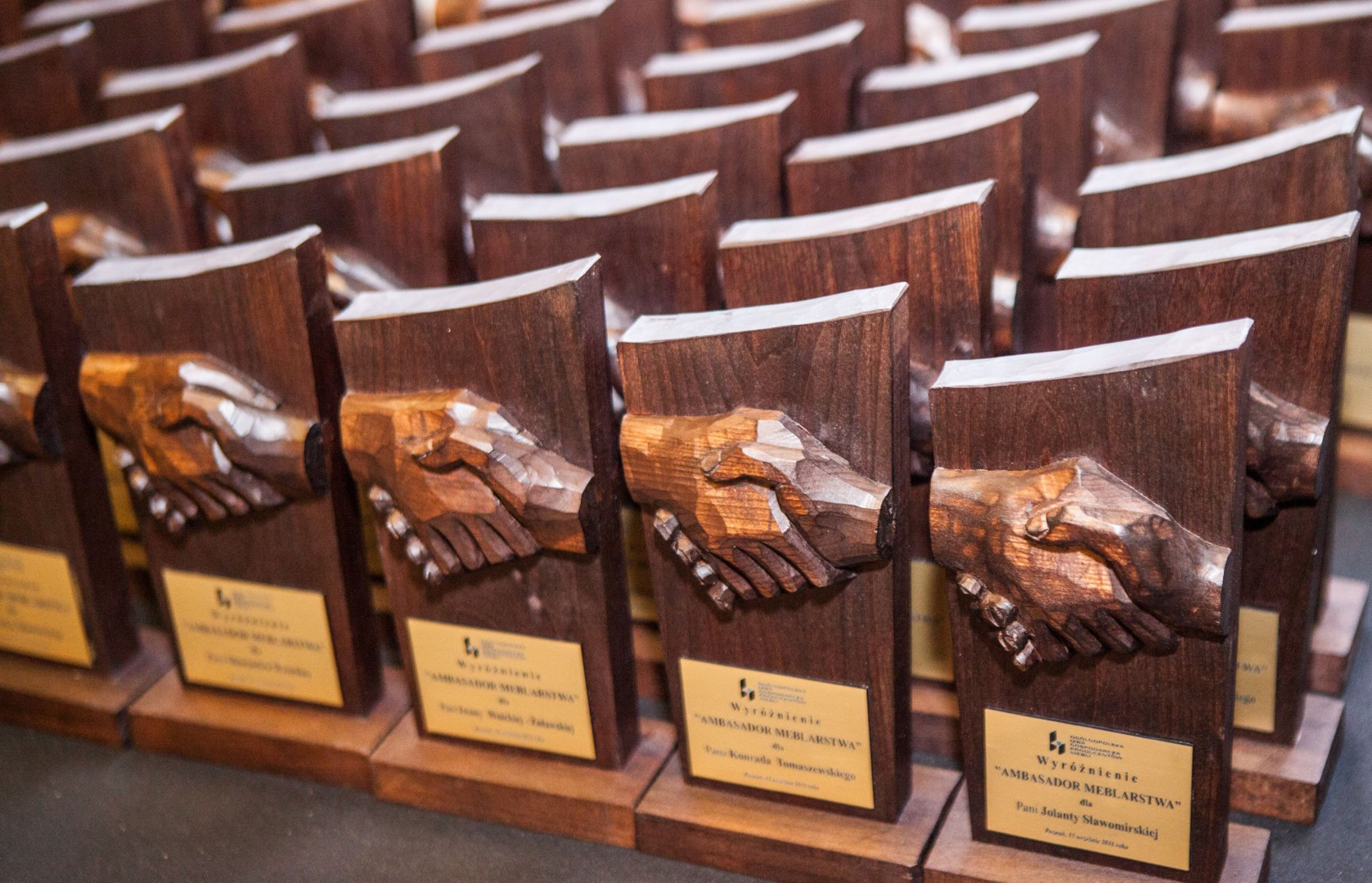 Statuetki Ambasador Meblarstwa