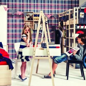 Biurko Spot Young pozwala na wygodną pracę dla dwójki dzieci jednocześnie. Fot. Vox
