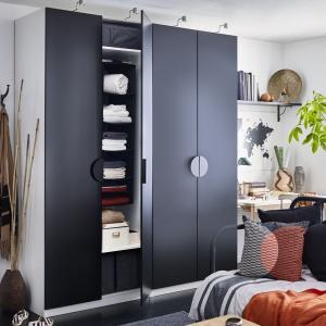 Szafa IKEA Pax Tanem. Fot. IKEA