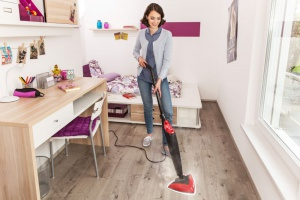 Porządek w domu. Jak czyścić meble, by uniknąć alergii