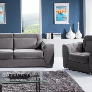 Zestaw Harmony. Wysokie oparcie zapewnia komfort siedzenia. Siedzisko oparte jest na sprężynie falistej. Szef ozdobny dostępny jest w dowolnym kolorze. Fot. Libro