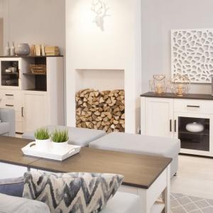Provence to najnowsza kolekcja mebli Meble Wójcik, dedykowana dla kochających styl prowansalski. Biały, przecierany dekor frontów i korpusu, połączony z kontrastowym, ciemnym wieńcem górnym to znakomita kompozycja dająca poczucie czystości i elegancji. Fot. Wójcik