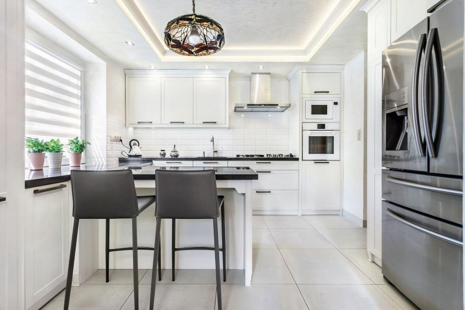 Urządzamy  Modna kuchnia Jasna czy ciemna?  meble com pl -> Kuchnia Jasna Czy Ciemna