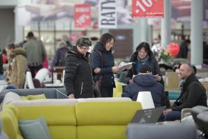 Produkcja sprzedana mebli w Polsce - według raportu KPMG