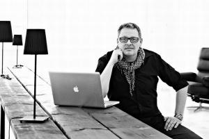 Projektant Henrik Pedersen - o procesie tworzenia mebli