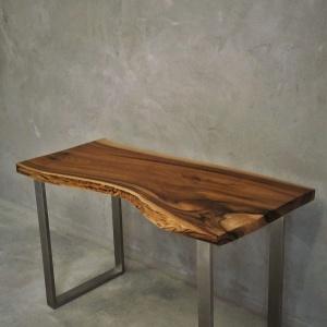 Stolik z oferty Malita Just Wood. Fot. Malita Just Wood