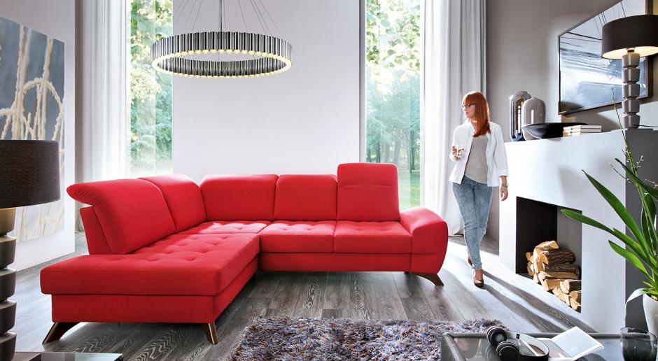 Meble do salonu - wprowadź do wnętrza energetyczne kolory!