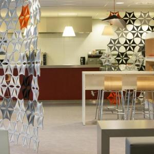 Koncepcja wykończenia wnętrza została przygotowana przez pracownię Baru Design. Fot. Sébastien Duijndam