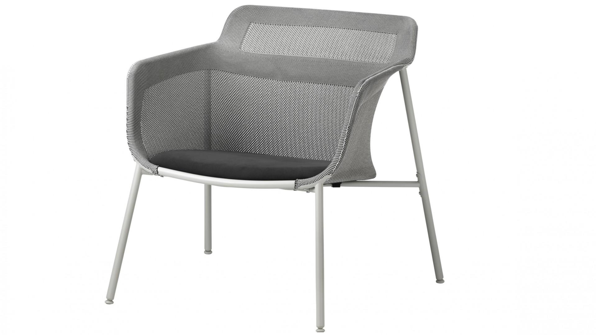 Krzesło z kolekcji PS 2017 IKEA z elementami wyprodukowanymi w technologii 3D. Fot. IKEA