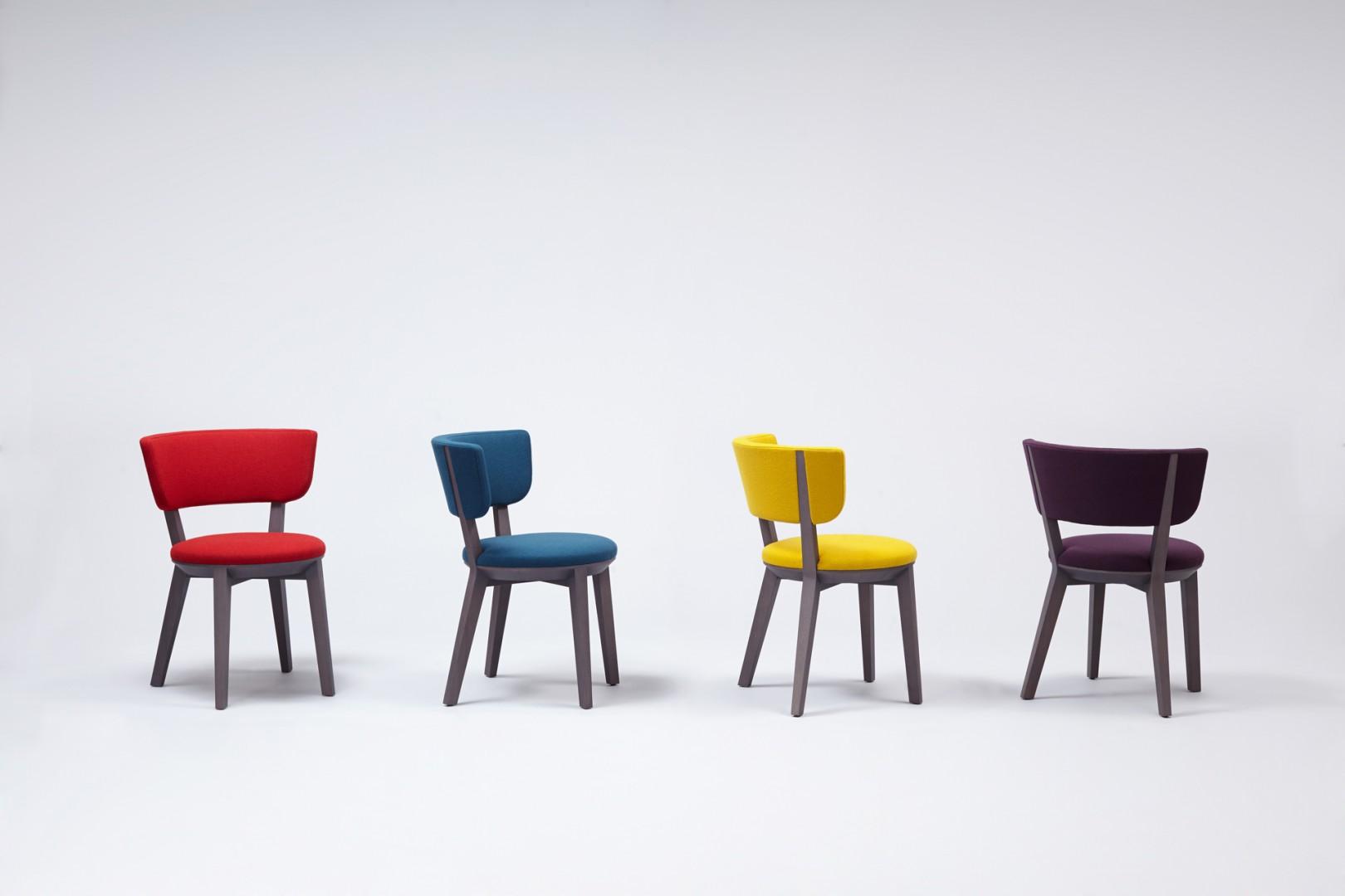 """Fotele """"Gnu"""" zaprojektowane dla firmy Comforty (2011). Fot. Comforty/Ernest Wińczyk"""