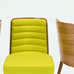 Krzesła z kolekcji K3. Fot. Paged