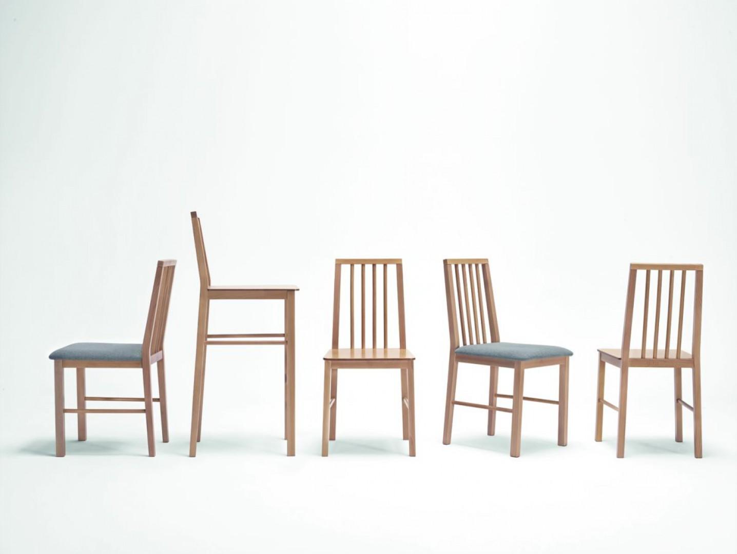 """Seria krzeseł """"Manu"""" (Paged). Fot. Paged/Ernest Wińczyk"""