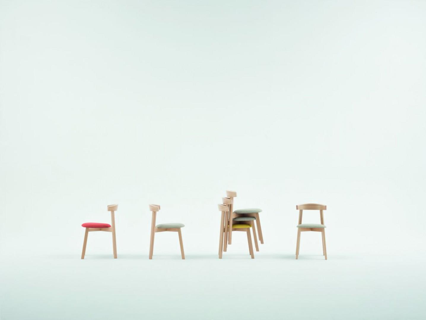 """Seria krzeseł """"Uxi"""" (Paged). Fot. Paged/Ernest Wińczyk"""