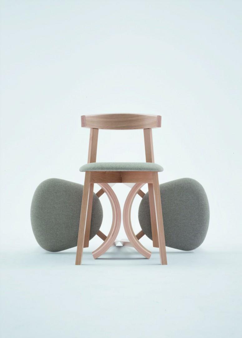 """Krzesło z kolekcji """"Uxi"""" (Paged). Fot. Paged/Ernest Wińczyk"""