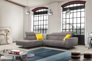 Meble do salonu – sofy na industrialnych wspornikach