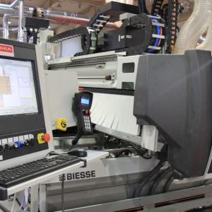 Firma Teknika organizuje transport i montaż maszyny przez wyspecjalizowanych techników. Fot. Teknika