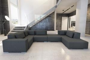 Sofa w salonie. Modne meble modułowe
