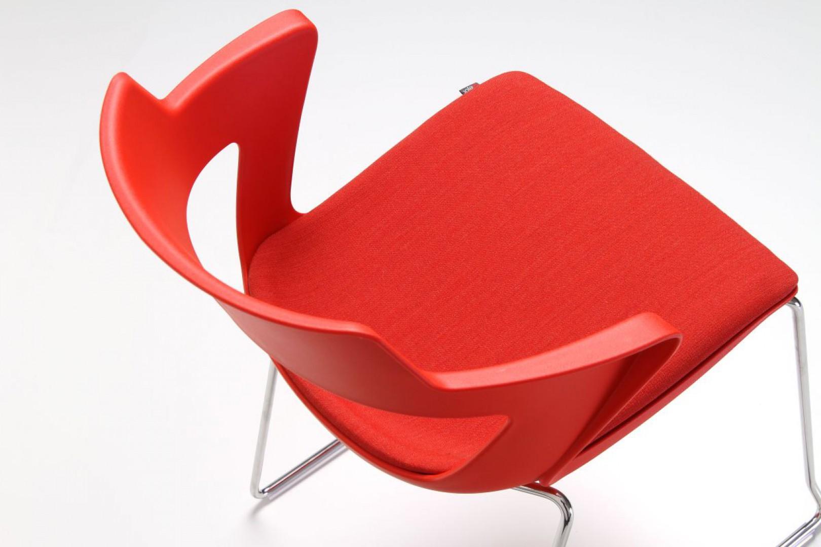 """Krzesło """"Sky"""" firmy Bejot. Fot. Bejot"""