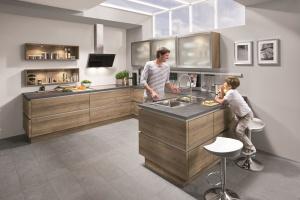 Meble w kuchni. Piękne propozycje z dekorem drewna