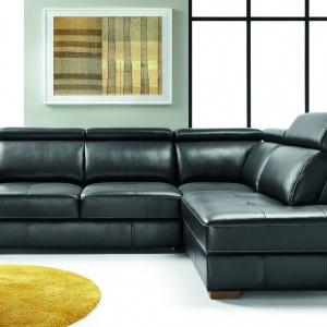 Modułowa kolekcja Ergo wyróżnia się zgrabną formą brył oraz ergonomicznym kształtem układów. Fot. Etap Sofa