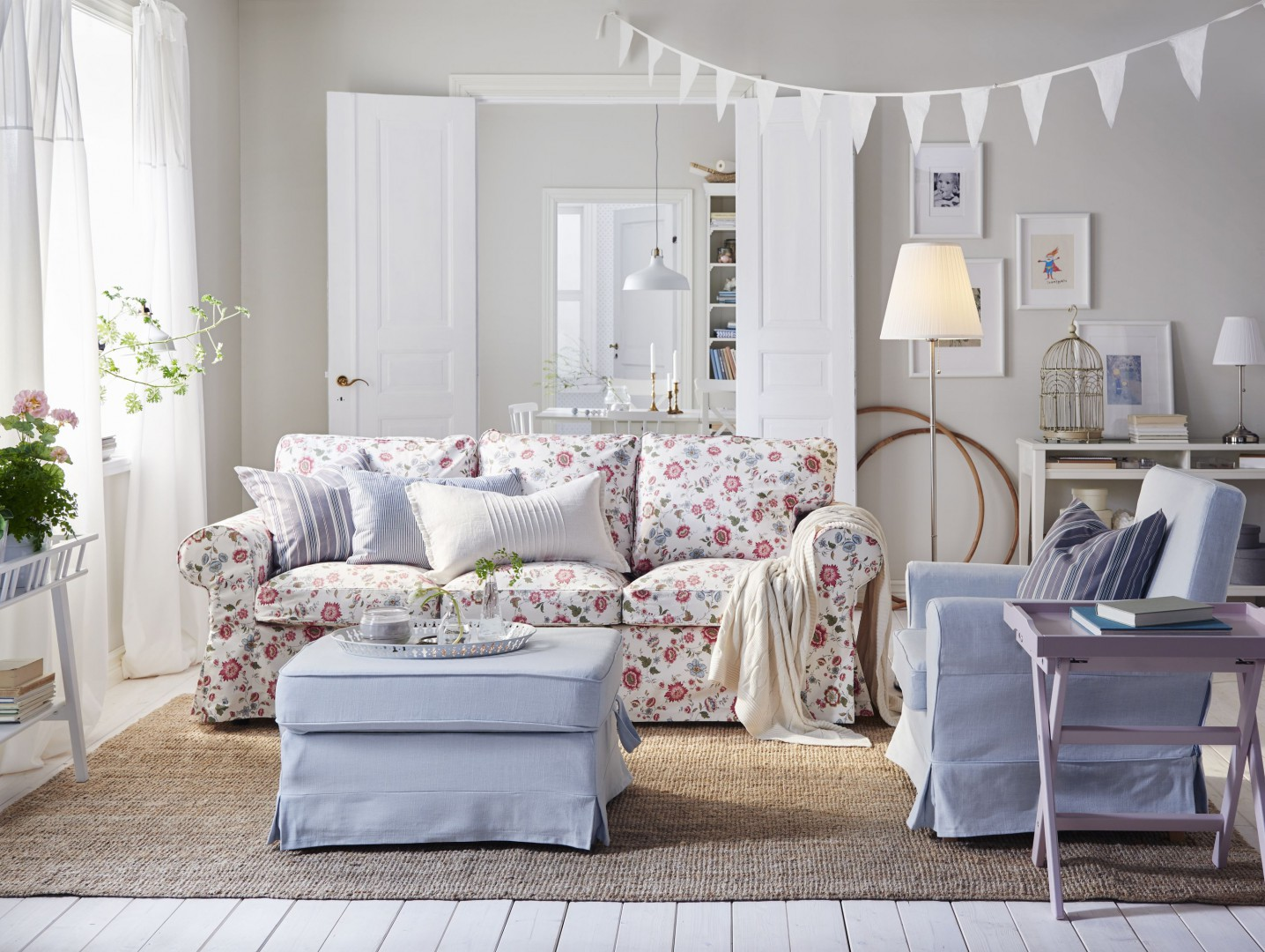 Sofa Ektorp firmy IKEA. Fot. IKEA